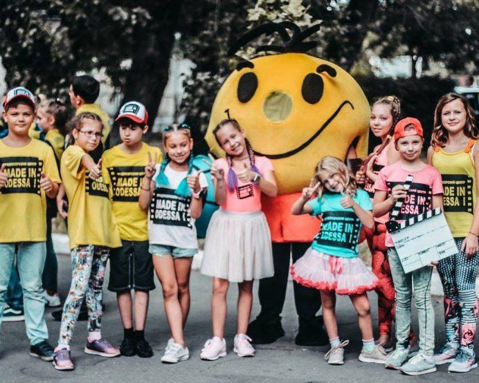 """Летние каникулы для детей в Одессе - детский лагерь """"Кино and театр"""""""