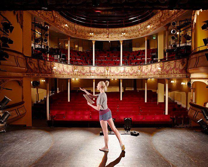 Импровизация на сцене - театральное мастерство Одесса